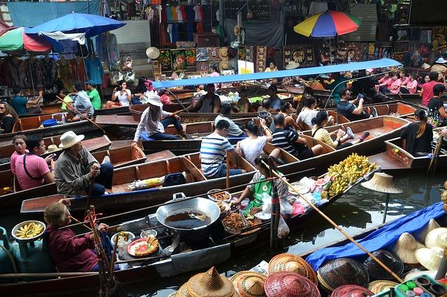 טיול מאורגן לתאילנד, השוק הצף בבנגקוק