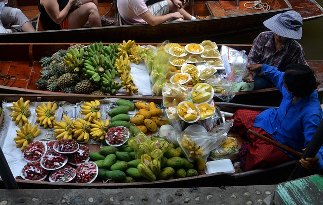 השוק הצף, טיול מאורגן לתאילנד