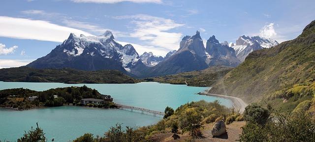 טורס דל פאיינה, טיולים לדרום אמריקה